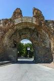 La porte du sud connue sous le nom de chameaux de romain antique, fortifications dans Diocletianopolis, ville de Hisarya, Bulgari Photo libre de droits