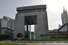 La porte à la place financière de Dubai International Image libre de droits