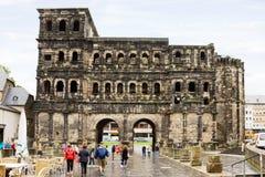 La porte romaine dans le Trier, Allemagne Image libre de droits