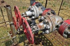 La porte sur un puits de pétrole Photographie stock
