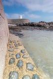 La posizione costiera intorno ai michaels della st monta in Cornovaglia Inghilterra Regno Unito Posta dell'allerta nel porto di M Fotografia Stock Libera da Diritti
