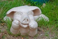 La poterie en tant que conception heureuse de porc Image libre de droits