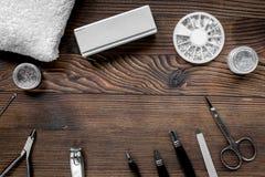 la préparation de manucure a placé sur l'espace en bois de vue supérieure de fond pour le texte Photographie stock