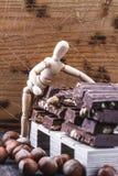 La pr?sentation Presentig de maquette une production et emballage d'un chocolat photographie stock