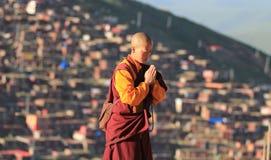 La preghiera del monaco Fotografia Stock Libera da Diritti