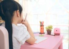 La preparación de la educación y del concepto de la escuela es demasiado para los niños Foto de archivo