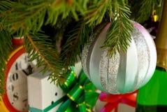 La preparación de ventana del Año Nuevo, aún vida. Fotografía de archivo libre de regalías