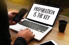 La PREPARACIÓN ES el plan DOMINANTE SEA concepto PREPARADO apenas se prepara a fotografía de archivo libre de regalías