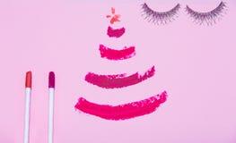 La preparación para el plano de la belleza de la Navidad o del Año Nuevo pone los cosméticos Foto de archivo libre de regalías