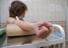 La preparación para la inyección intravenosa Fotografía de archivo libre de regalías