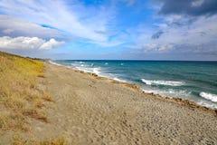 La prerogativa di salto della roccia nel suono di Hobe, Florida immagine stock libera da diritti