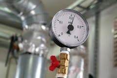La presión de indicador en el sistema de calefacción fotografía de archivo libre de regalías