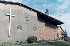 La prima chiesa mennoniti in Sugarcreek, Ohio, U.S.A. immagine stock