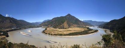La prima curvatura del fiume Chang Jiang Fotografia Stock