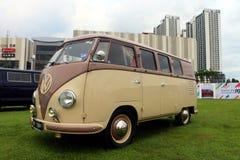 La prima generazione del tipo di Volkswagen - 2, hanno chiamato senza formalità il Microbus fotografia stock libera da diritti