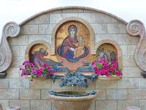 La primavera de agua santa Imagen de archivo libre de regalías