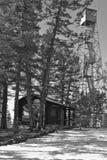 La primavera visita la torre dell'allerta della collina della fragola fotografia stock libera da diritti