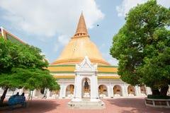 La primera pagoda, Phra Pathom Jedi Foto de archivo libre de regalías