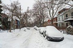 La primera tormenta de la nieve de la estación golpea Montreal, Canadá Imagen de archivo libre de regalías