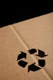 La priorità bassa della scatola con ricicla il simbolo Fotografia Stock