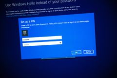 La pro installazione di Microsoft Windows 10 ha installato un numero di perno Fotografia Stock Libera da Diritti