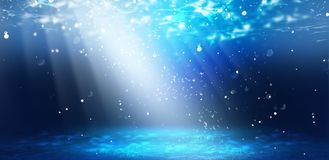 La profondeur de l'eau de mer, le monde sous-marin, les rayons du soleil illustration stock