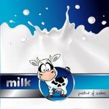 La progettazione blu con la mucca ed il latte spruzzano - il vettore Fotografia Stock