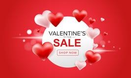La progettazione dell'insegna di vendita del giorno di Valentine's con cuore rosso e rosa 3D balloons su fondo rosso, progettaz Fotografia Stock Libera da Diritti