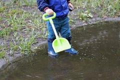 La promenade après pluie Images libres de droits