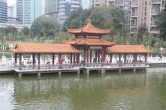 La promenade de ŒWater de ¼ de ŒChinaï de ¼ d'Asiaï et l'architecture antique dans le litchi de Shenzhen se garent photographie stock libre de droits