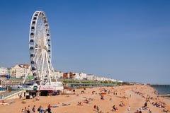 La promenade et le bardeau de Brighton échouent le Sussex est Angleterre du sud-est photos libres de droits