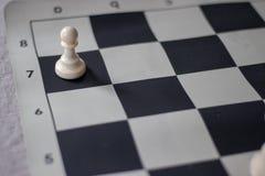 La promoción del ajedrez, empeño casi promovió fotos de archivo