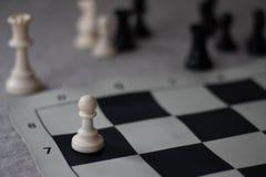 La promotion d'échecs, gage a presque favorisé images stock