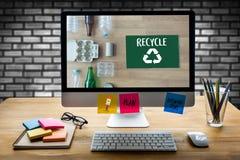 La protección ambiental recicla el salvar vidas verde Preservatio Fotografía de archivo libre de regalías