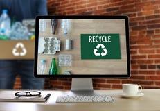 La protección ambiental recicla el salvar vidas verde Preservatio Imagen de archivo libre de regalías