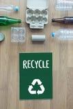 La protección ambiental recicla el salvar vidas verde Preservatio Imagen de archivo