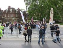 La protesta del BNP en Londons Westminster el 1 de junio de 2013 Fotos de archivo libres de regalías