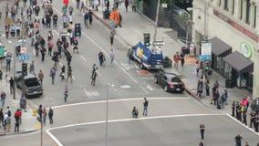 La protesta se acerca a policía