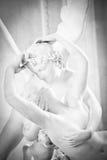 La psiche ha fatto rivivere tramite il bacio del Cupid Fotografia Stock