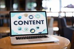 la publication Blogging de media de vente de données satisfaites de contenu informent photographie stock libre de droits