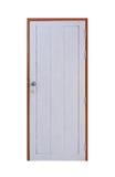 La puerta blanca vieja se cerró aislado en blanco con la trayectoria de recortes Foto de archivo
