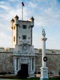 La puerta de铁拉和Torreon de普埃尔塔de铁拉 卡迪士西班牙 图库摄影