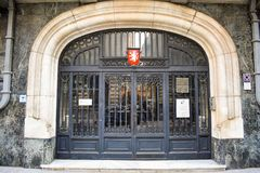 La puerta de la embajada checa en el centro de la ciudad histórico de Bucarest Bucarest, Rumania - 20 054 2019 imagenes de archivo