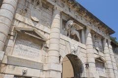 La puerta de la tierra en Zadar, Croacia Fotografía de archivo