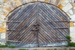La puerta de madera vieja - textura del fondo del grunge para el diseño Foto de archivo