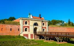 La puerta de Szczebrzeska de fortalecimientos en Zamosc, Polonia Imágenes de archivo libres de regalías