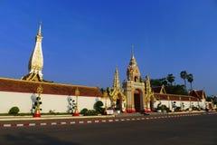 La puerta del budista de la pagoda Foto de archivo