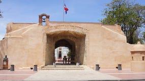 La Puerta del Conde, Baluarte Februari 27. Santo D Royaltyfria Foton