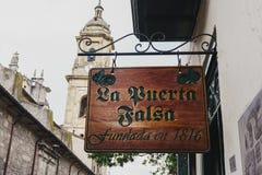 La Puerta Falsa arkivbilder