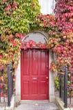 La puerta roja Fotos de archivo libres de regalías